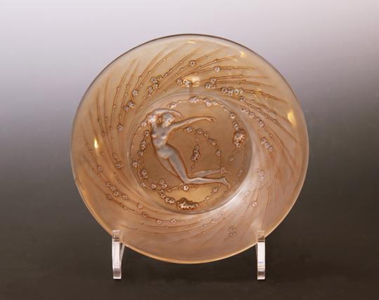 鉢&皿「人物と花輪」