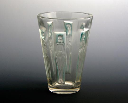 花瓶「六人の肖像」
