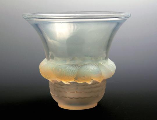 花瓶「ピリアック」