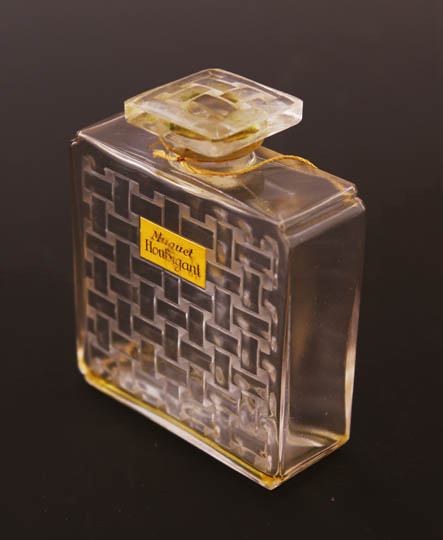 香水瓶「ウビガン社のスズラン」