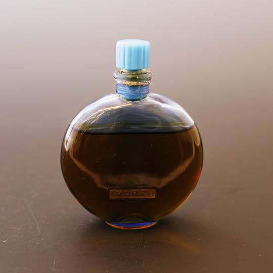 香水瓶「ウォルト」