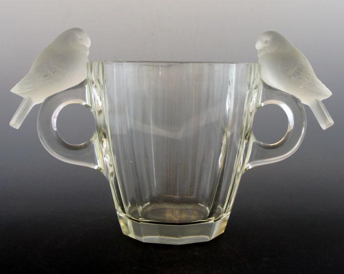 花瓶「二羽のスズメ」