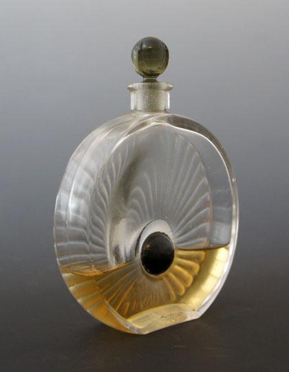 香水瓶「パレノワール」