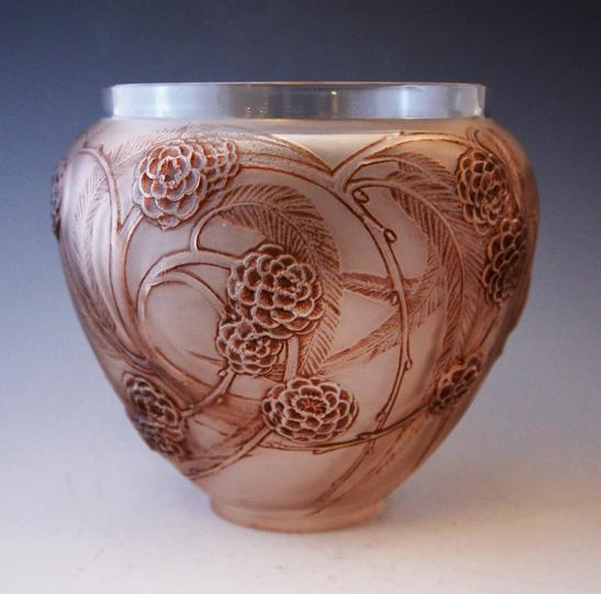 花瓶「ネフリエール」