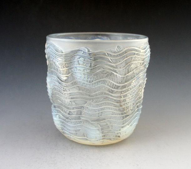 花瓶「ドルフィン」