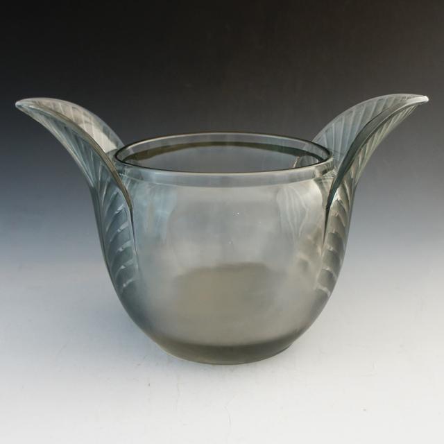 花瓶「トリスタン」