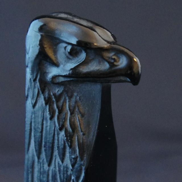 デスクウェア「鷹」