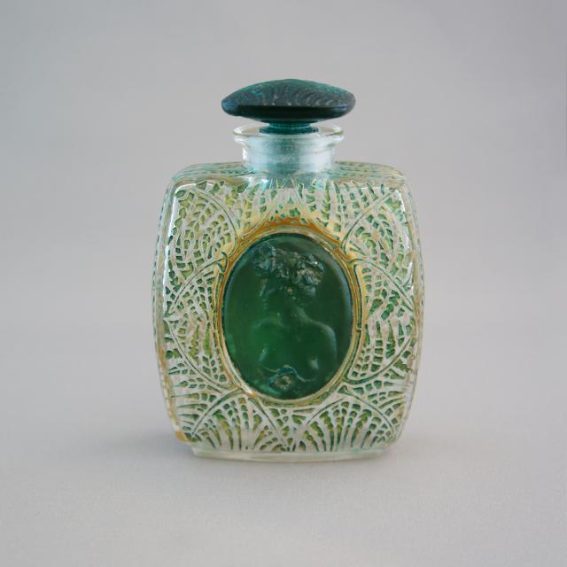 香水瓶「シダ」