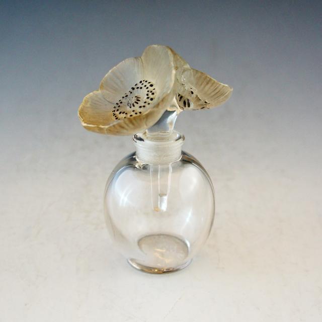 香水瓶「二つのアネモネ」