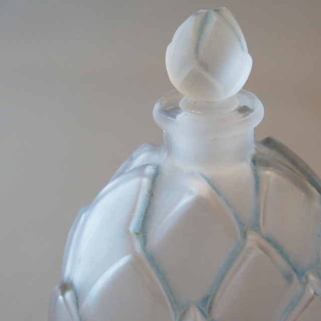 香水瓶「マルキュラ」