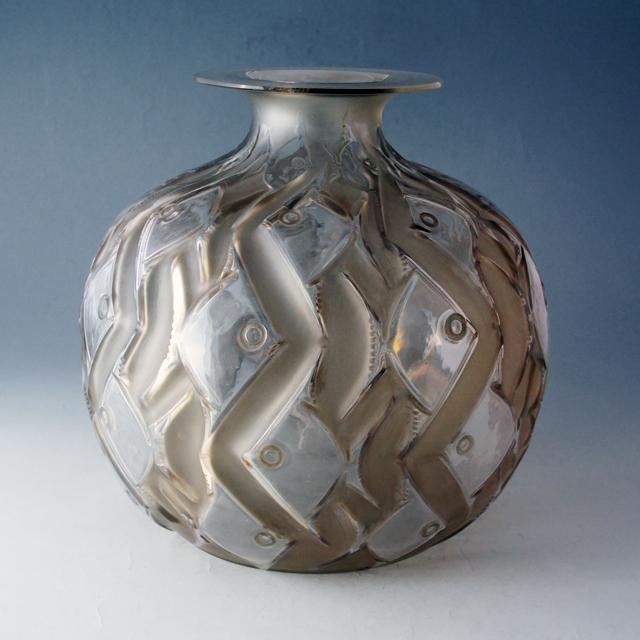 花瓶「パンティエーブル」