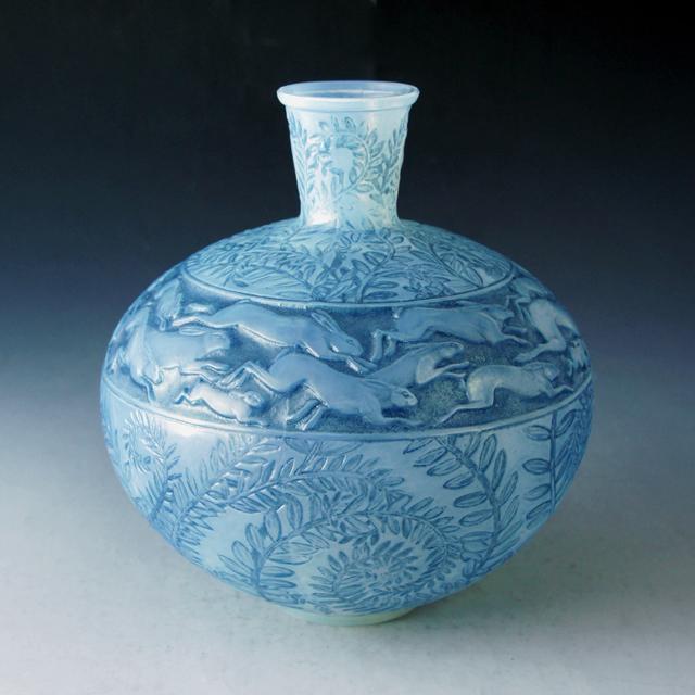 花瓶「野うさぎ」