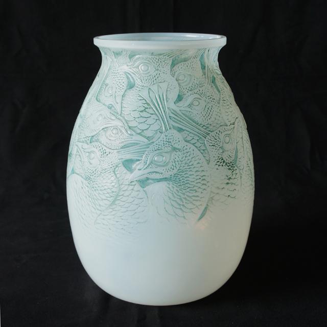 花瓶「ボロメ」